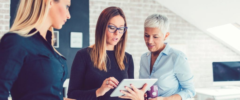 women-in-leadership-analyzing-personal-and-professional-growth-beyond-the-numbers-hero